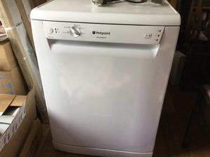 Hotpoint Aquarius Dishwasher, excellent condition, selling due to having a new kitchen.