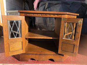 Wood Bros Old Charm solid oak corner TV unit in very good condition