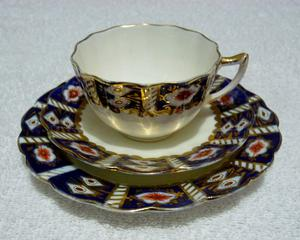 A George Warrilow & Sons, Queens China, Trio (Cup, Saucer and Plate)