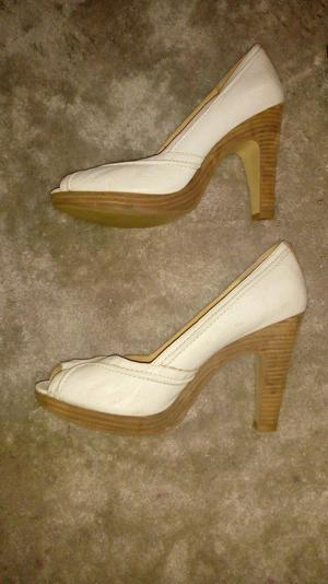 Size 7 Female Shoes