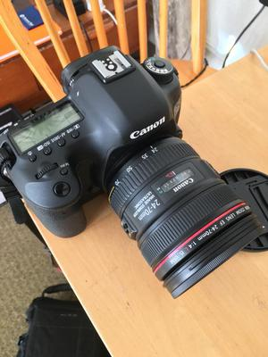 Canon 5d mkiii Dslr Camera with  f4 IS Usm lens