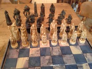 chess set LORD OF THE RINGS