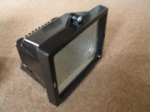 Two 500W Sealed Halogen Security Floodlights.Both new