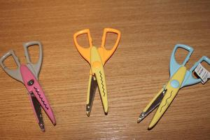 3 pairs of scissors cutters
