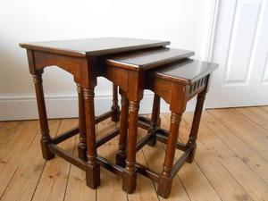 OAK NEST OF TABLES X3