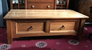SOLID WOOD 2 DRAWER COFFEE TABLE