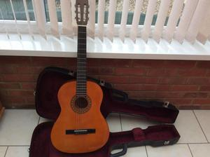 ENCORE GUITAR IMMACULATE WITH HARDCASE PITCHPIPE,PLECTRUMS