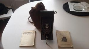 Vintage Kodak No 2 Folding Autographic Brownie film camera