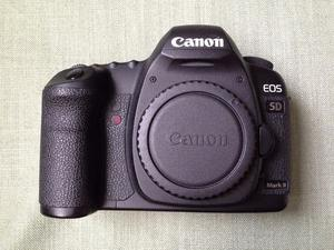Canon 5D Mark ii Body with accesories