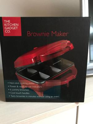 Brand new boxed Brownie Maker