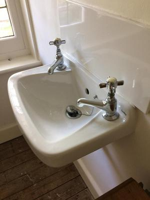 Guest room hand wash basin