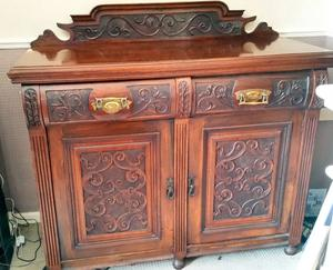 Beautifully engraved Antique 19th century Victorian / Edwardian Sideboard
