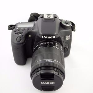 Canon EOS 70D Camera with mm IS STM lens