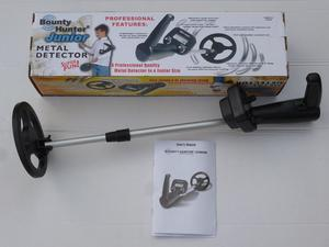 *GREAT CONDITION & FULLY WORKING BOUNTY HUNTER JUNIOR METAL DETECTOR* £60