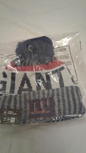 Brand New New York Giants New Era wolly hat with tags