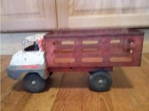 Triange Thames tin 's toy truck, approximately 1 foot