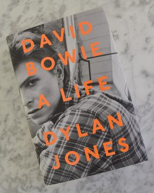 Book - David Bowie