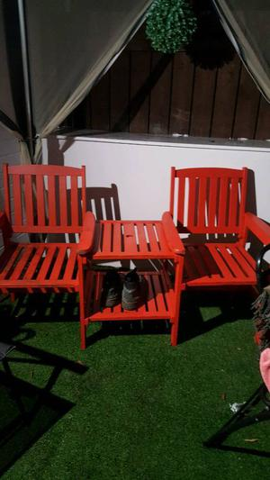 Garden chairs with table