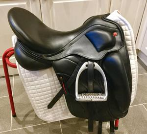 Albion revelation dressage saddle