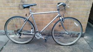Mens Raleigh Pioneer Hybrid Mountain Bike in Good Condition