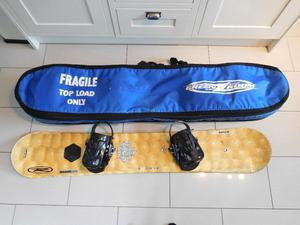 Burton Mission Snowboard 162 with Burton Mission Bindings and Board Bag £60 (Burton Boots available)