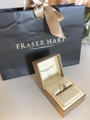 White 18ct Gold Diamond engagement ring K. Bridal set available. Excellent price!!