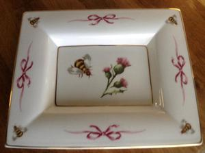 WEDGWOOD TRAY - BEE AND THISTLE, SARAH FERGUSON,
