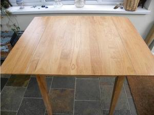 Solid Beech Drop Leaf Table with Removable Legs in