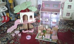 Elc dolls house, tree house and furniture