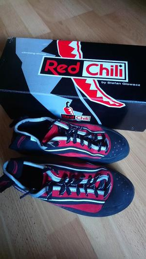 Red Chilli Men's Size 7 Climbing Shoes
