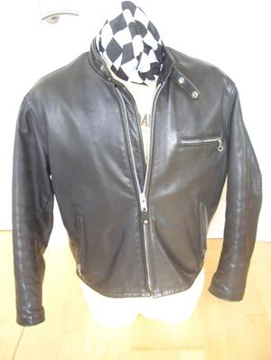 SCHOTT 141 TAGGED 44 BLACK MOTORCYCLE LEATHER JACKET