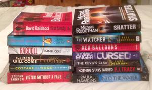 Crime & Thriller Book Bundle. 13 Paperback Books In Very Good Condition.