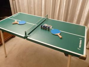 FOLDING TABLE TENNIS TABLE