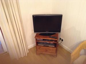 Panasonic 26 inch television HD free view and remote control