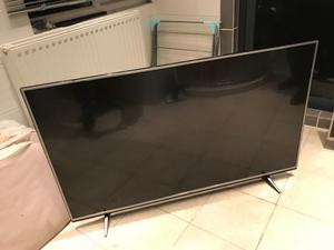 LG 55 inch 4K ultra hd smart led HDR tv. New condition.Perfect working £450 NO OFFERS.CAN DELIVER