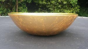gold coloured wash hand basin