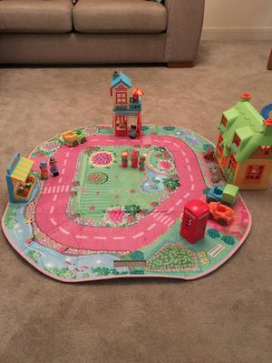 HAPPYLAND TOY TOWN
