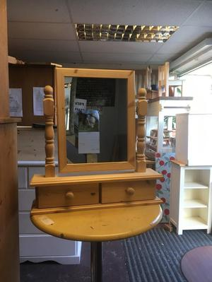Dressing table mirror pine with turned spindles