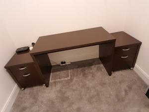 Home office 3 piece set. desk and 2 x drawer units set.