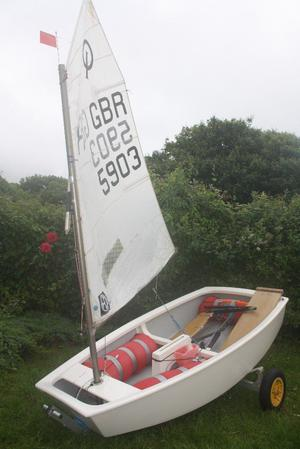 Winner Optimist - complete boat, sails, foils, covers and launching trolley