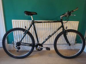 """MENS MOUNTAIN BIKE CLAUD BUTLER ENDURO, LARGE 22"""" FRAME, EXCELLENT CONDITION FULLY WORKING."""