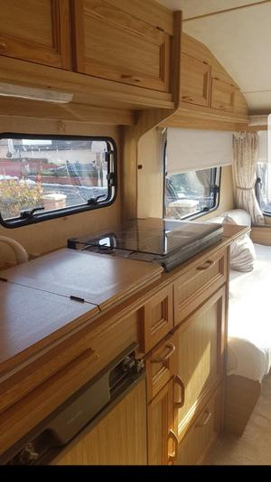 Crown 4 berth fixed bed