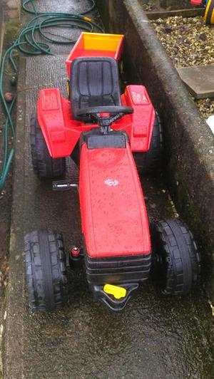CHILDS RIDE ON TRACTOR AGED 3+
