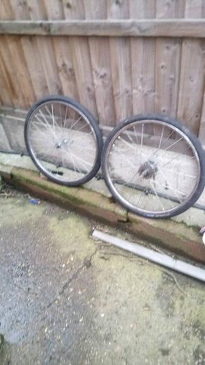 Front and back wheels re spoke size 20x3/8 with tyres and tubes 3 speed