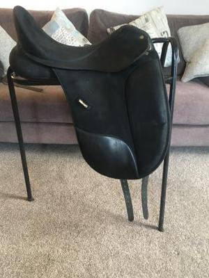 Wintec Isabell Werth Changeable Gullet Dressage Saddle
