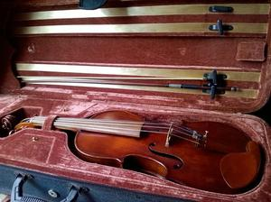 Old German Violin. Full-sized with English Bow and case