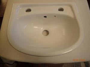 'Doc M' Wall mounted ceramic wash hand basin