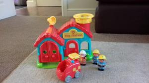 Happyland ELC fire station with accessories