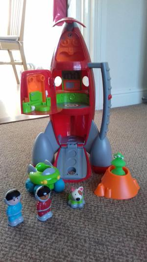 Happyland ELC space rocket with accessories