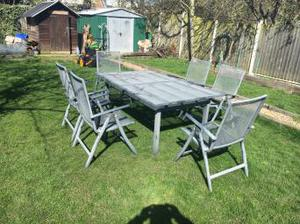 Aluminium Garden extendable table and 6 foldable chairs
